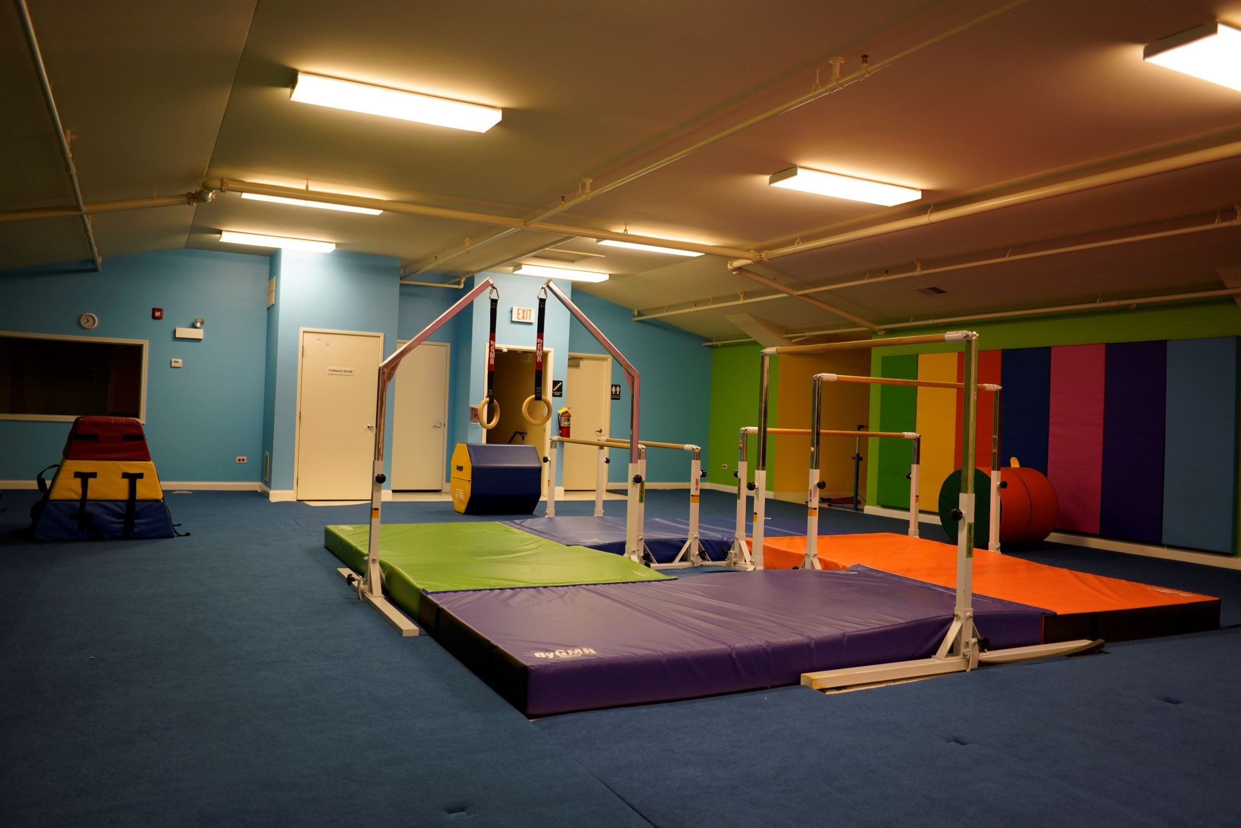 kids gymnastics room